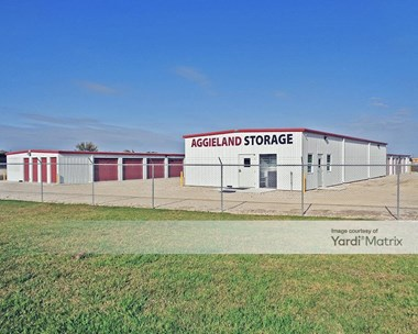 Storage Units for Rent available at 7701 Wickson Ridge Drive, Bryan, TX 77808 Photo Gallery 1