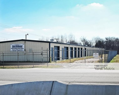 Storage Units for Rent available at 600 Panther Way, Hewitt, TX 76643 Photo Gallery 1