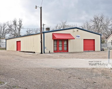 Storage Units for Rent available at 901 South 18th Street, Waco, TX 76706 Photo Gallery 1