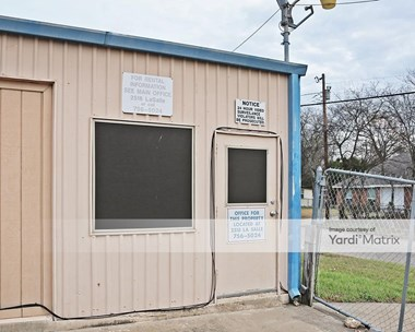 Storage Units for Rent available at 1809 Clark Avenue, Waco, TX 76708 Photo Gallery 1