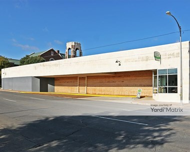 Storage Units for Rent available at 1225 Franklin Avenue, Waco, TX 76701 Photo Gallery 1