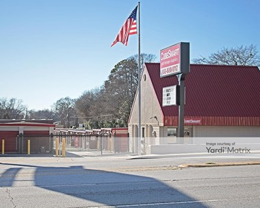 Storage Units for Rent available at 1625 North Main Street, Anderson, SC 29621 Photo Gallery 1