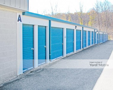 Storage Units for Rent available at 1511 Saybrook Road, Middletown, CT 06457 Photo Gallery 1