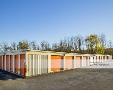 Storage Units for Rent available at 2 Plumtree's Road, Danbury, CT 06810 Photo Gallery 1