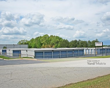 Storage Units for Rent available at 9 Hyland Road, Greenville, SC 29615 Photo Gallery 1