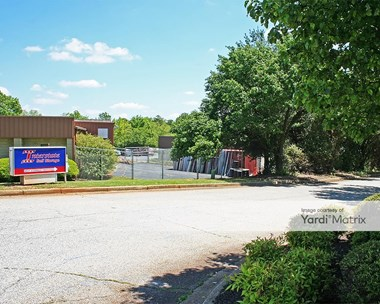 Storage Units for Rent available at 30 Interchange Blvd, Greenville, SC 29607 Photo Gallery 1