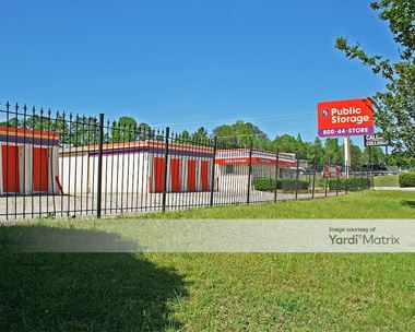 Storage Units for Rent available at 3129 Wade Hampton Blvd, Taylors, SC 29687 Photo Gallery 1