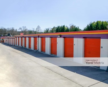 Storage Units for Rent available at 1015 Gadd Road, Hixson, TN 37343 Photo Gallery 1