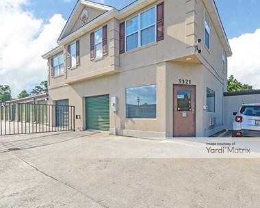 Storage Units for Rent available at 5321 Bull Street, Savannah, GA 31405 Photo Gallery 1