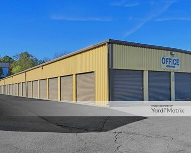 Storage Units for Rent available at 251 Wheeler Place, Sharon, PA 16146 Photo Gallery 1