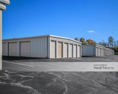 Storage Units for Rent available at 3185 Carlisle Pike, New Oxford, PA 17350 Photo Gallery 1