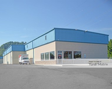 Storage Units for Rent available at 4401 North 6Th Street, Harrisburg, PA 17110 Photo Gallery 1