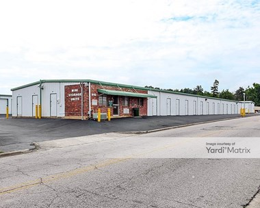 Storage Units for Rent available at 910 25Th Avenue, Phenix City, AL 36869 Photo Gallery 1
