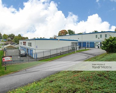 Storage Units for Rent available at 2786 South Queen Street, Dallastown, PA 17313 Photo Gallery 1