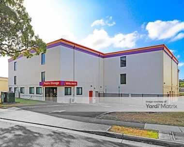 Storage Units for Rent available at 99-819 Iwaena Street, Aiea, HI 96701 Photo Gallery 1