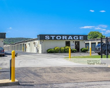 Storage Units for Rent available at 1610 Green Cove Road SE, Huntsville, AL 35803 Photo Gallery 1