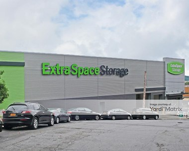 Storage Units for Rent available at 245 West Fordham Road, Bronx, NY 10468 Photo Gallery 1