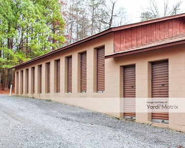Storage Units for Rent available at 2415 Chattanooga Road, Dalton, GA 30720 Photo Gallery 1