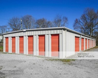 Storage Units for Rent available at 307 West 10Th Street, Chickamauga, GA 30707 Photo Gallery 1