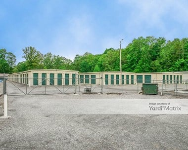 Storage Units for Rent available at 2902 Veterans Drive, Scottsboro, AL 35769 Photo Gallery 1
