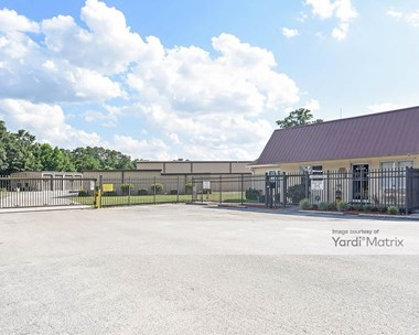Storage Units for Rent available at 4119 Ogeechee Road, Savannah, GA 31405 Photo Gallery 1