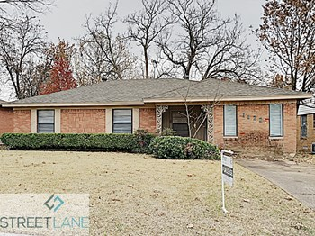 1122 Waweenoc Ave 3 Beds House for Rent Photo Gallery 1