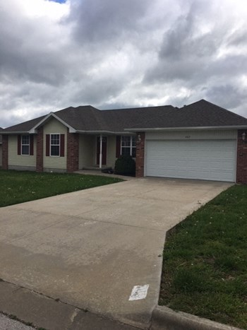 402 N Seminole 3 Beds House for Rent Photo Gallery 1