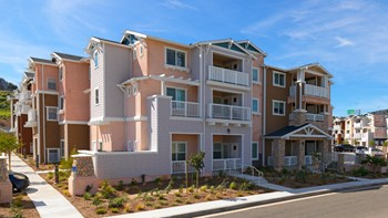 22744 East Park Drive 1-3 Beds Apartment for Rent Photo Gallery 1