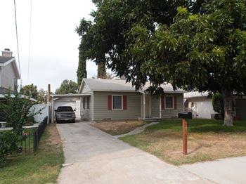 4663 Sierra Street 2 Beds House for Rent Photo Gallery 1