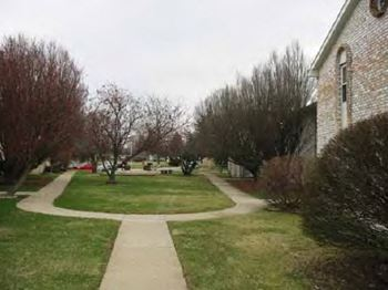 605 Marsha Court 1-2 Beds Apartment for Rent Photo Gallery 1