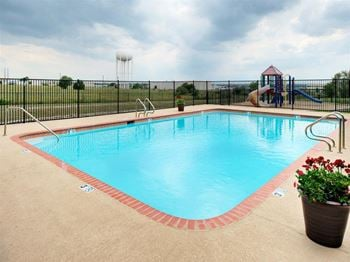 2500 Louis Henna Blvd 3-4 Beds Apartment for Rent Photo Gallery 1