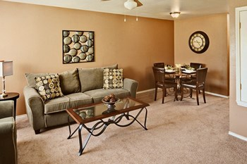 5518 Culebra Road 2-3 Beds Apartment for Rent Photo Gallery 1