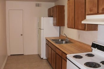 1400 Martin Luther King Drive 1 Bed Apartment for Rent Photo Gallery 1