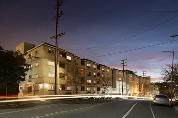 4668 Huntington Drive South 1-4 Beds Apartment for Rent Photo Gallery 1