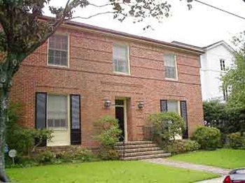528 Walnut Street 3 Beds House for Rent Photo Gallery 1