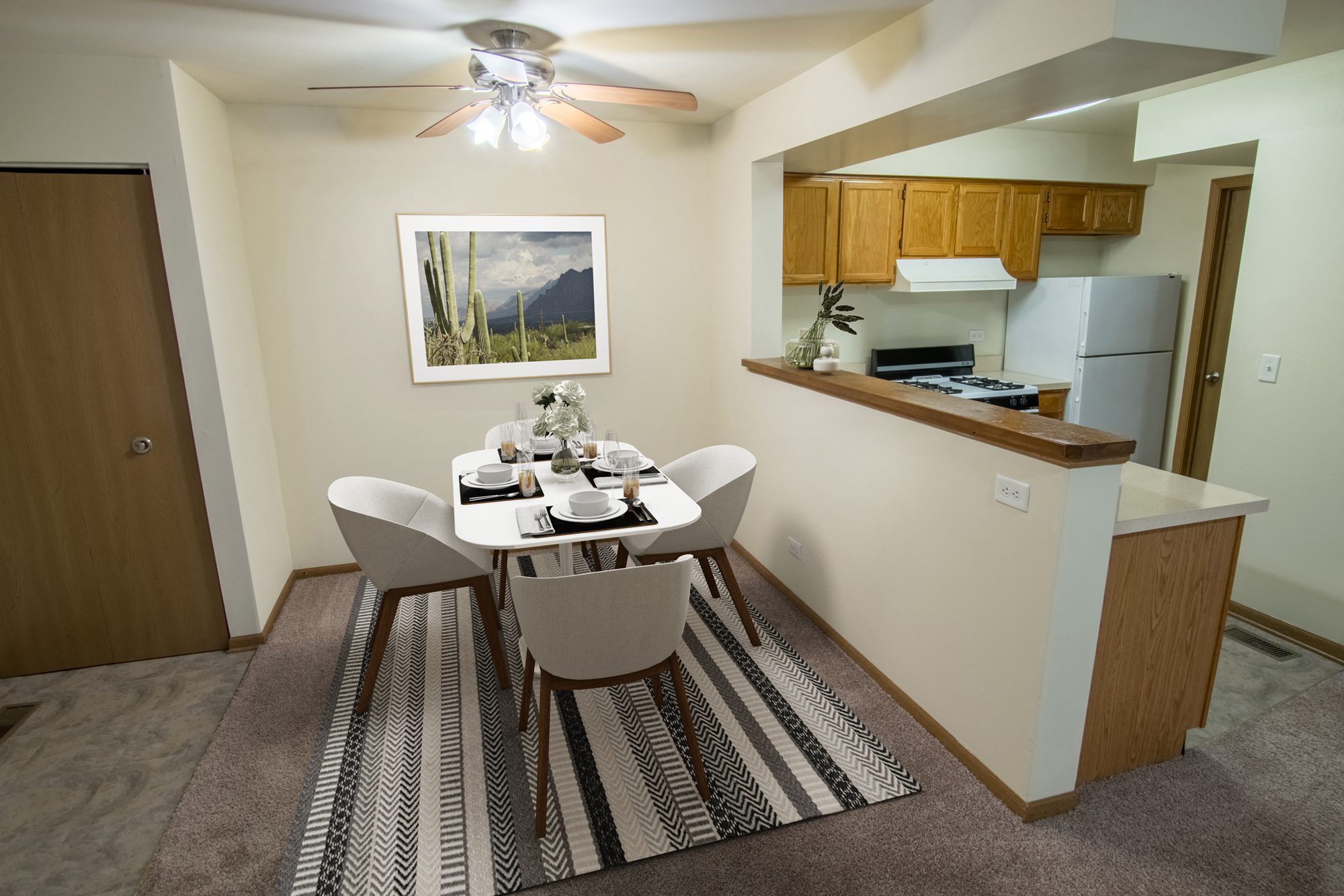 Dining Area and Kitchen at Fox Pointe Apartments in Aurora, IL