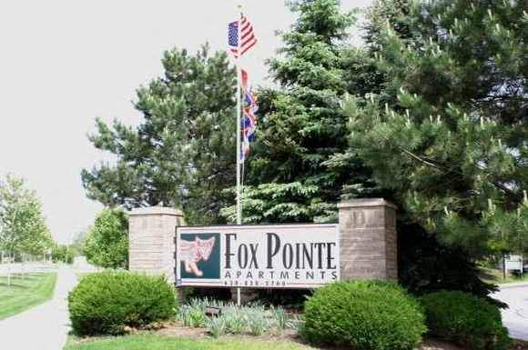 Property Sign at Fox Pointe Apartments in Aurora, IL