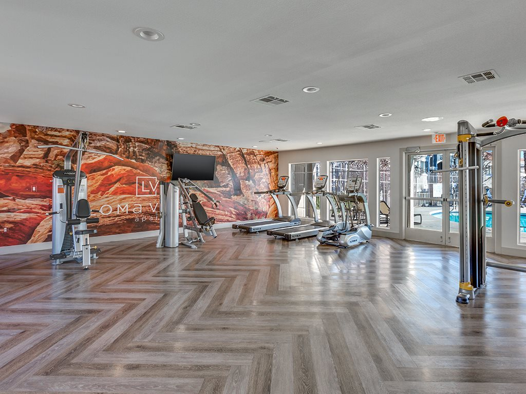 Fitness Center with Mural Wall at Loma Vista Apartments in North Las Vegas NV