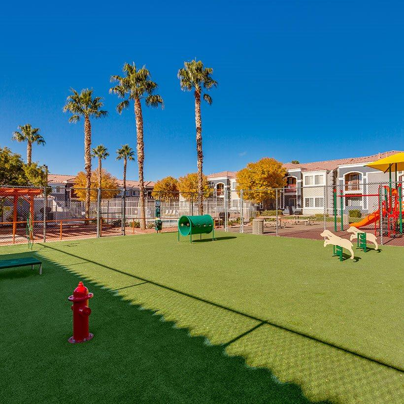 Loma Vista Apartments: Loma Vista Apartments