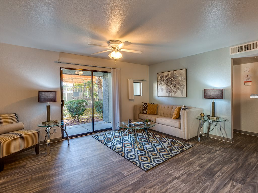 Living space at Stonegate apartments in Las Vegas NV