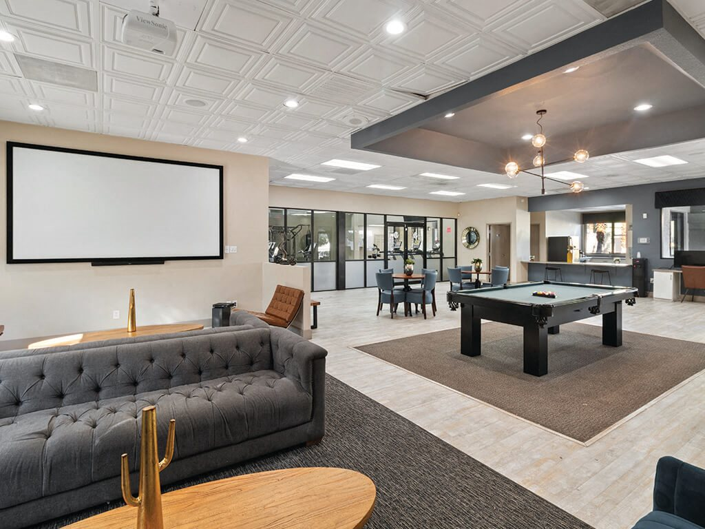 Social Lounge at Viridian Palms Apartments in Las Vegas