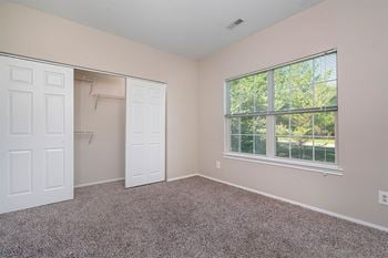 210 S Prairie View Drive 1-3 Beds Apartment for Rent Photo Gallery 1