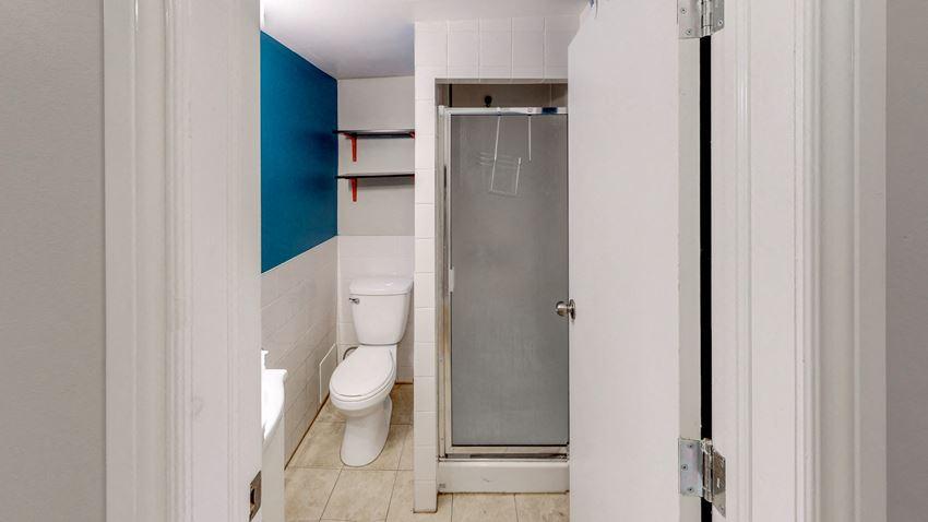 Unfurnished 2 Bedroom - 2 Bath