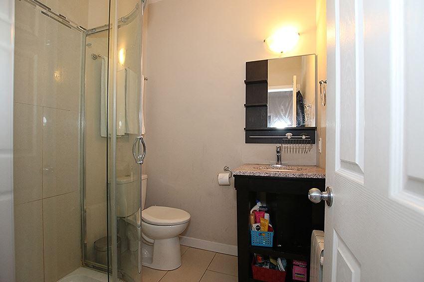 Furnished 1 Bedroom - 1 Bath