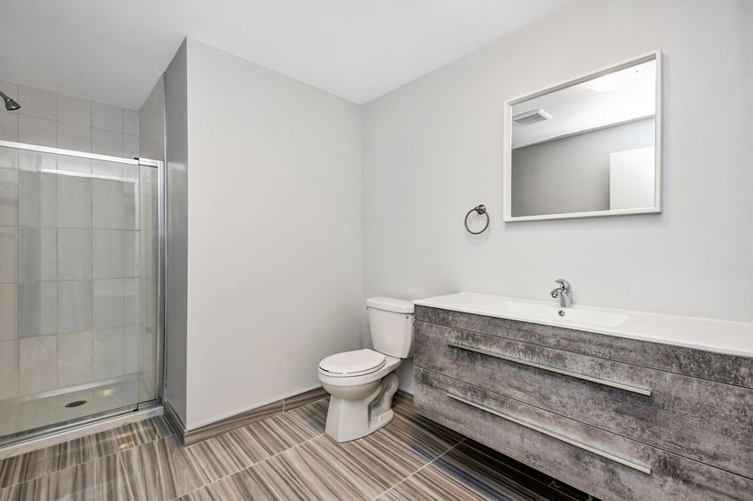 4 Bedroom - 1 Bath