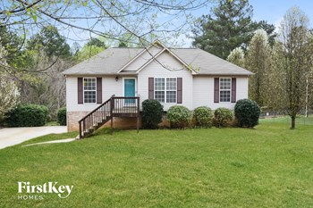 746 S Hillcrest Rd 4 Beds House for Rent Photo Gallery 1
