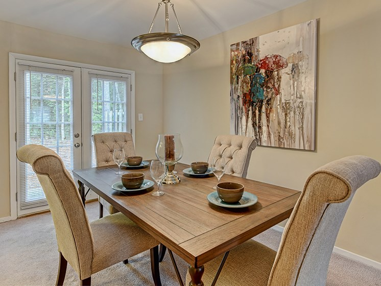 Intimate Dining Area at Southgate Apartments in Greenville, NC