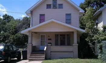 95 W Cuyahoga Falls 3 Beds Apartment for Rent Photo Gallery 1