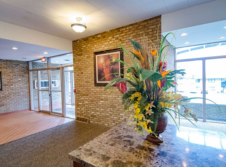 Carriage Park Apartments Garden Lobby