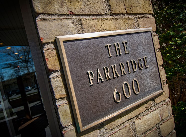 Carriage Park Apartments The Parkridge Sign